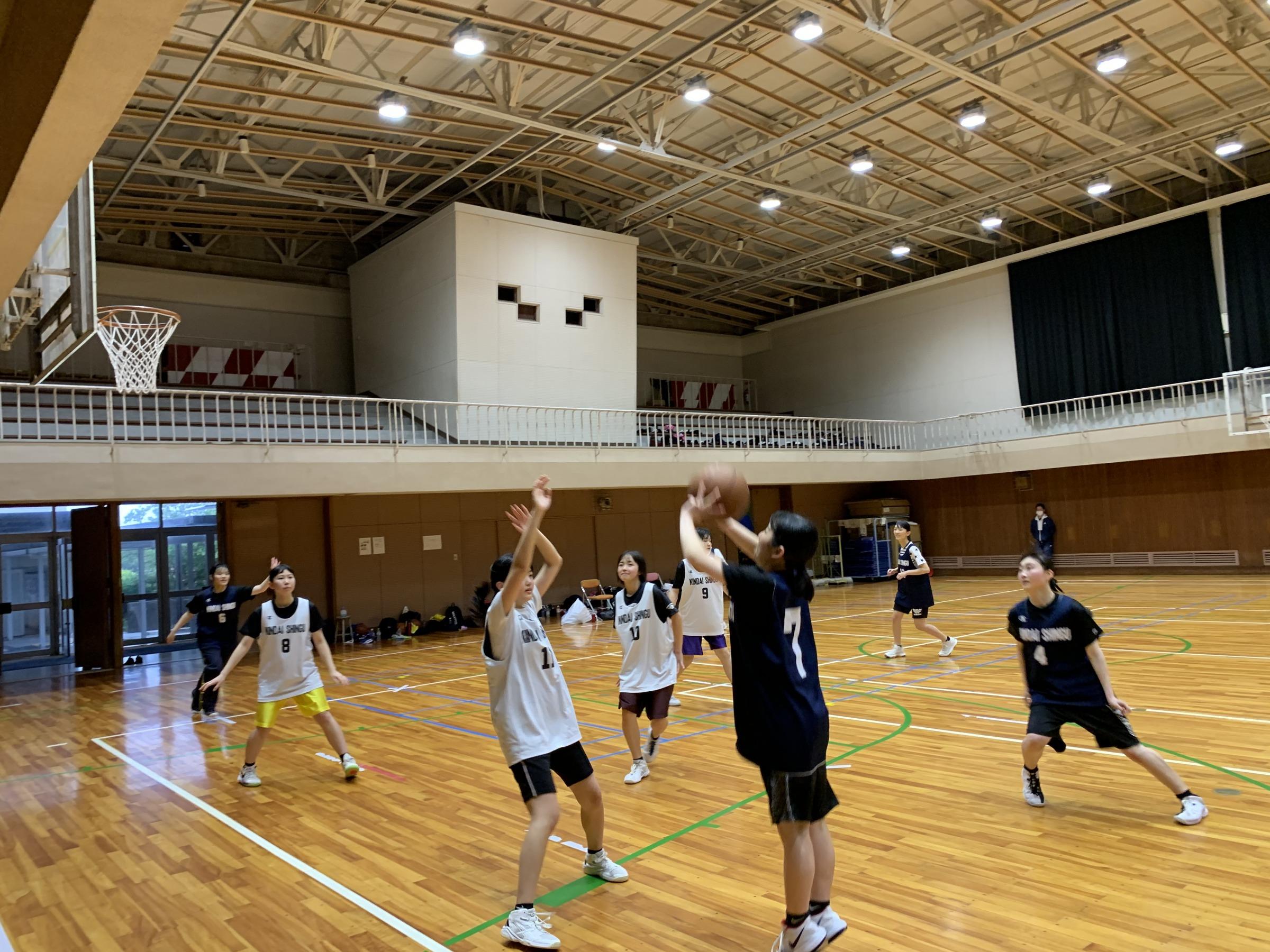 高校女子バスケットボール部